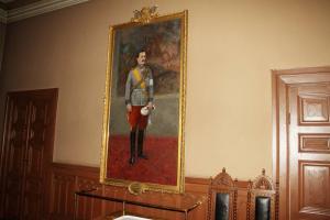 24 Suomen marsalkka Carl Gustaf Emil Mannerheim -maalaus