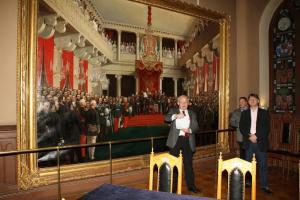 25 Keisari Aleksanteri II avaa Suomen valtiopaivat 1863 -maalaus